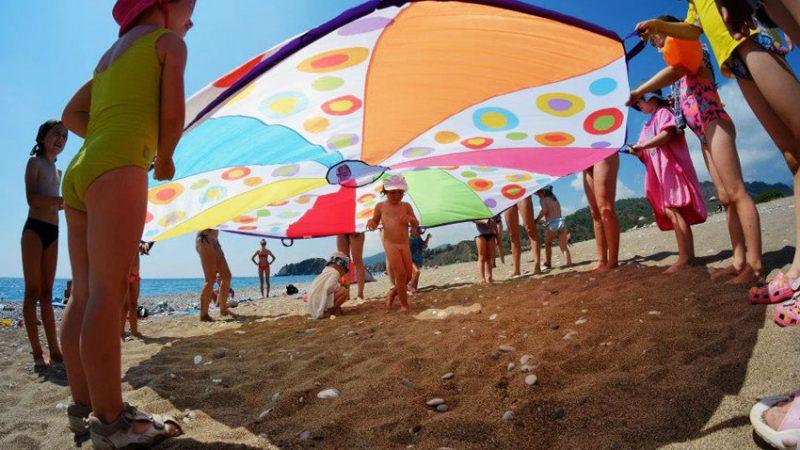 Лето: дети на свободе!
